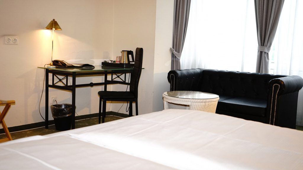 Gallery Hotel Gross Borstel Entree Hotels